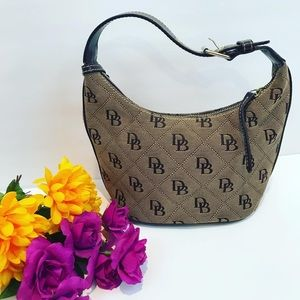 Dooney & Bourke Hobo bag tan brown bucket mini